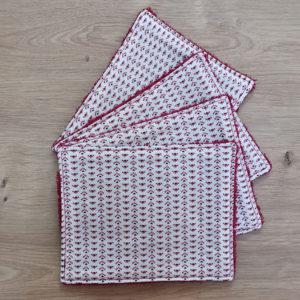 Feuille papier toilette rouge motifs - Visuel principal